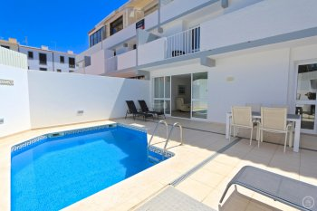 vilamoura marina holiday apartment with private pool