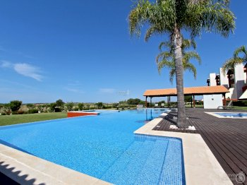 golf mar village holiday rentals vilamoura