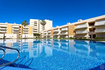 holiday rentals in vilamoura portugal