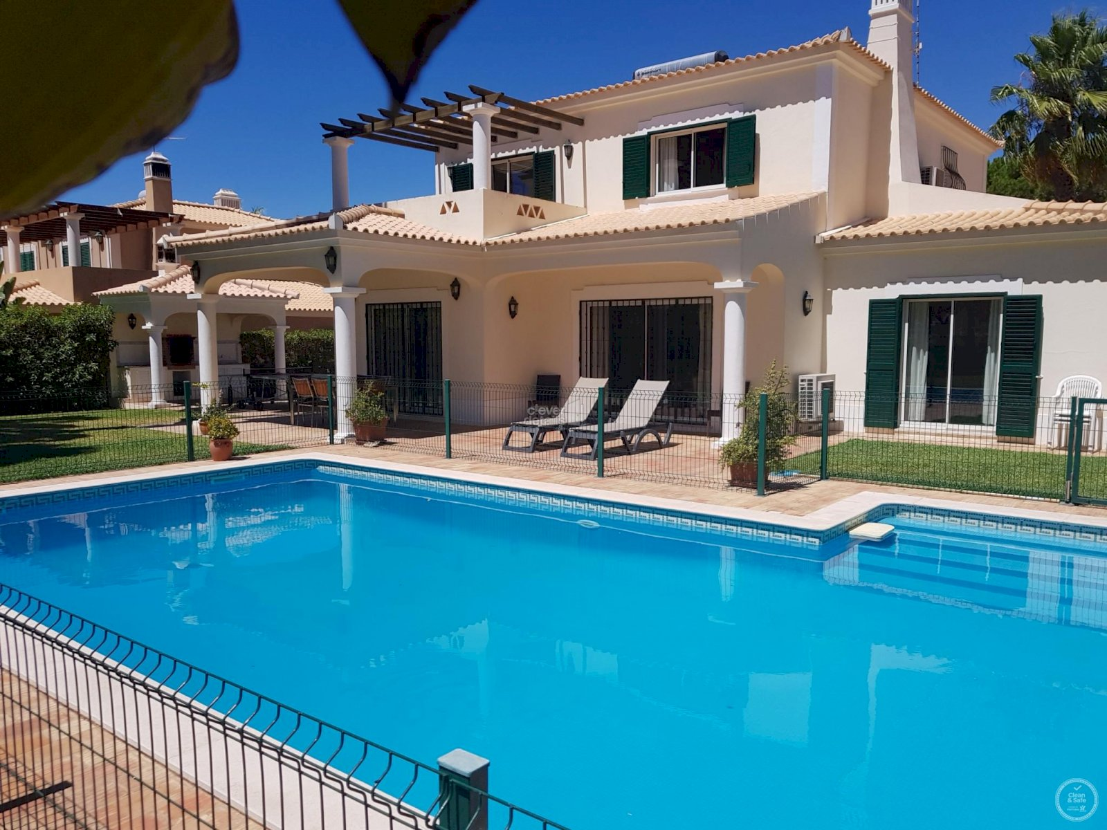 holiday lettings villas with private pool vilamoura