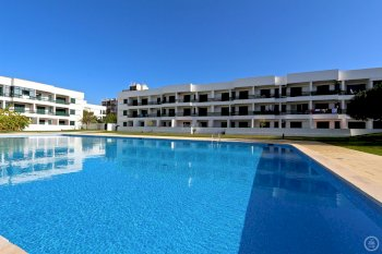 holiday accommodation in vilamoura close to the marina and the beach