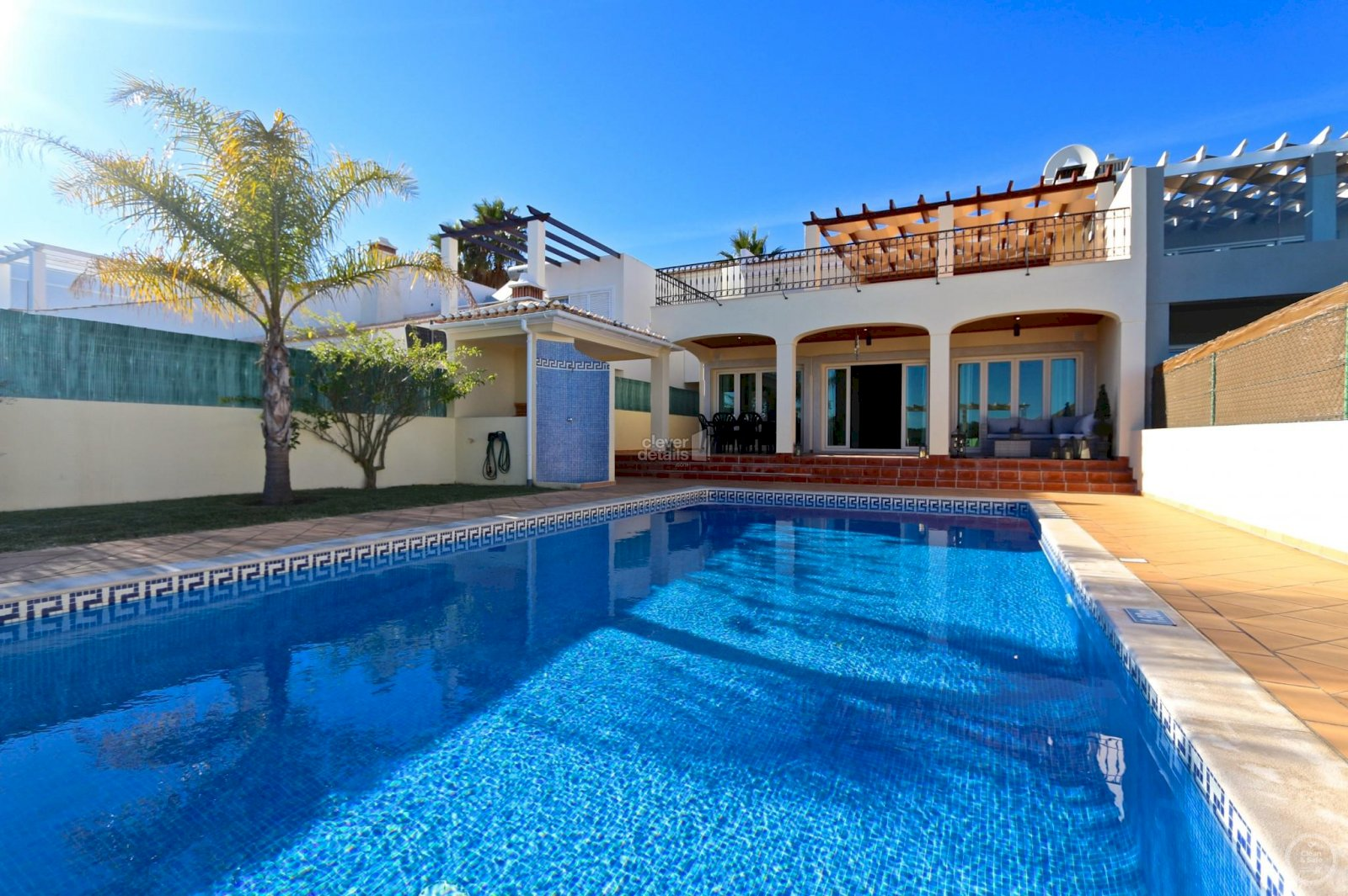 Fantastic summer holiday villa in Vilamoura with private swimming pool. Perfect villa lettings for family holidays in Algarve.